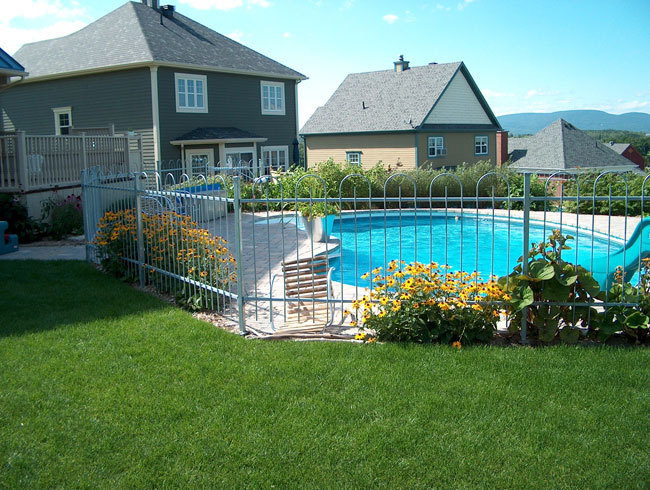 Cl ture piscine qu bec cl ture piscine for Cloture amovible piscine quebec